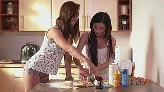 Dick-craving moms bake love together