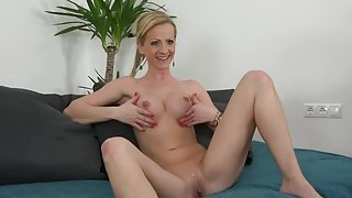 Fine-looking fair-haired female attending in XXX casting